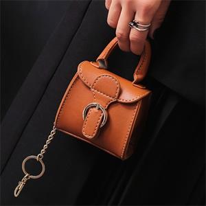 2017时尚潮流mini小包包挂件零钱包女包冬季新款个性钱包手拎包