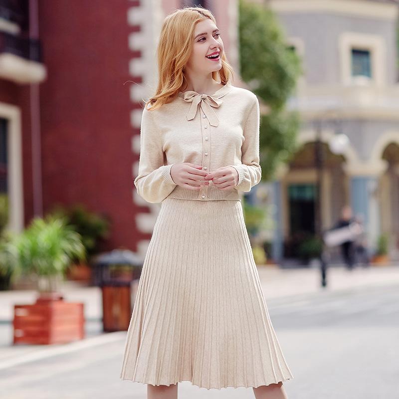 2018春季新品韩版女装纯色圆领套头针织衫显瘦百褶裙两件套78937